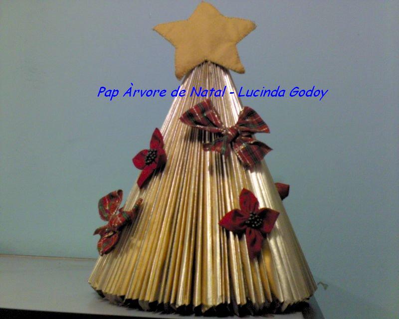 decoracao arvore de natal passo a passo:Arvore De Natal Reciclada
