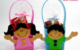 como fazer lembrancinha porta guloseima eva crianca volta as aulas escola festa infantil (4)