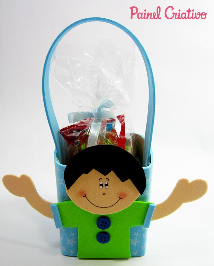 como fazer lembrancinha porta guloseima eva crianca volta as aulas escola festa infantil (5)