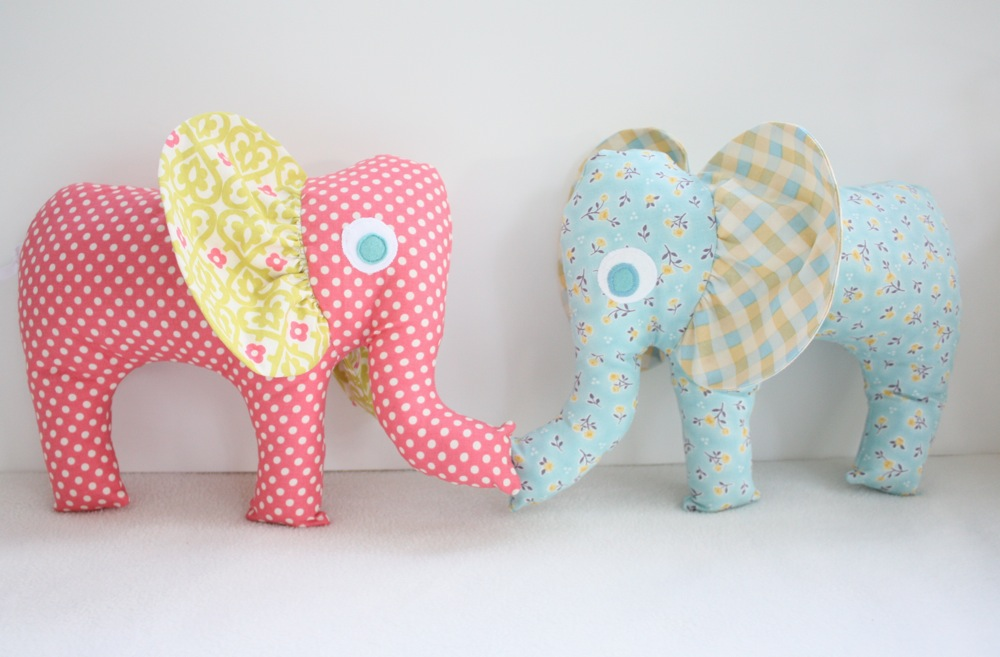 como fazer bichinhos elefantinhos tecido (3)