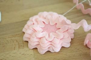 como fazer enfeite cabelo flor sianinha meninas (5)