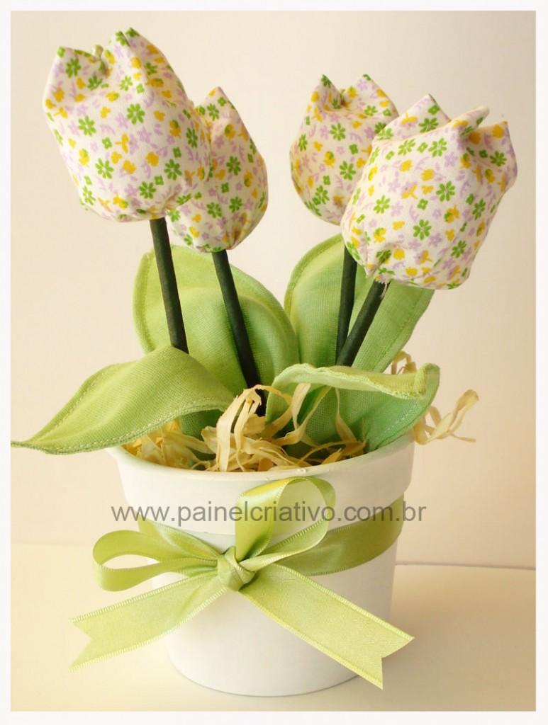 lembrancinha-dia-das-maes-vasinho-flores-tulipa-tecido-2