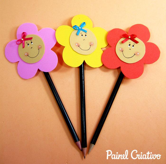 lembrancinha dia das crianca volta as aulas ponteira eva florzinha menininho (1)