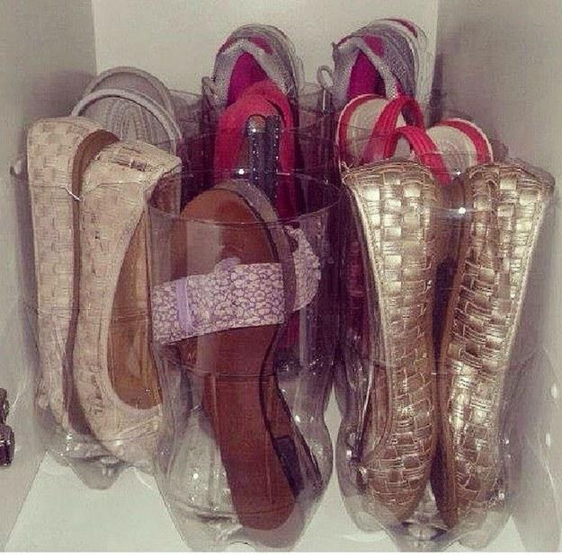 12 ideias truques organizacao casa garrafa pet organizar sapatilhas  (8)