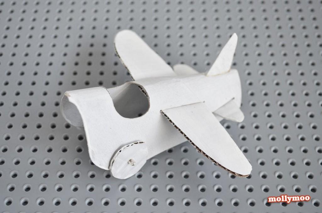 como fazer brinquedo reciclado aviaozinho rolinho papel higienico criancada brincar sala de aula  (1)