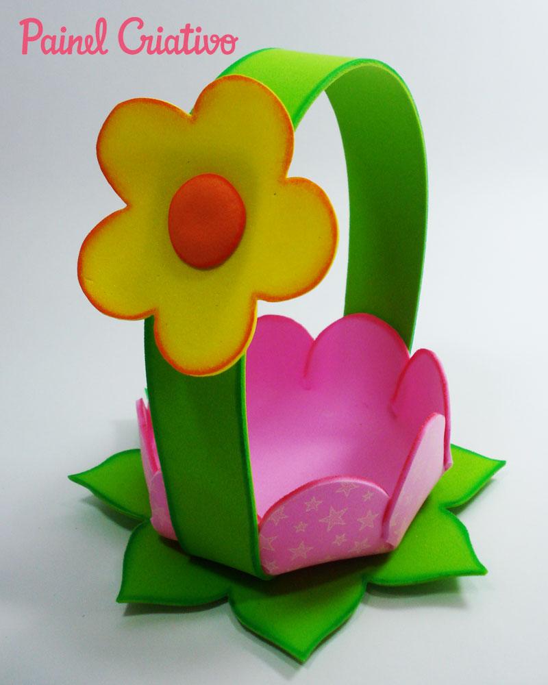 passo a passo cestinha formato flor lembrancinha enfeite mesa festa aniversario infantil menina eva porta guloseimas dia das maes (5)