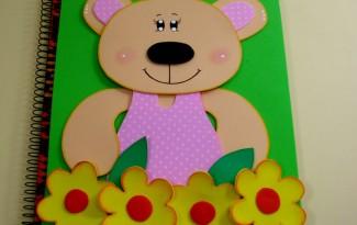 como fazer capa caderno eva ursinho presentear meninas vender escola lembrancinha (1)