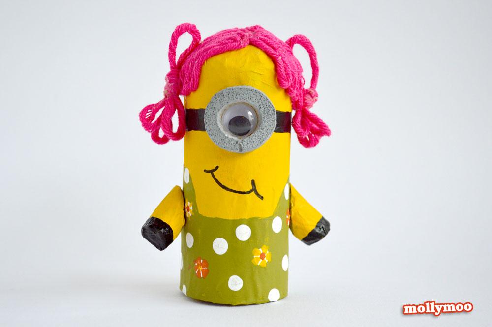 como fazer bonequinho minions rolinho papel higienico reciclagem brinquedo crianca escola sala de aula (4)