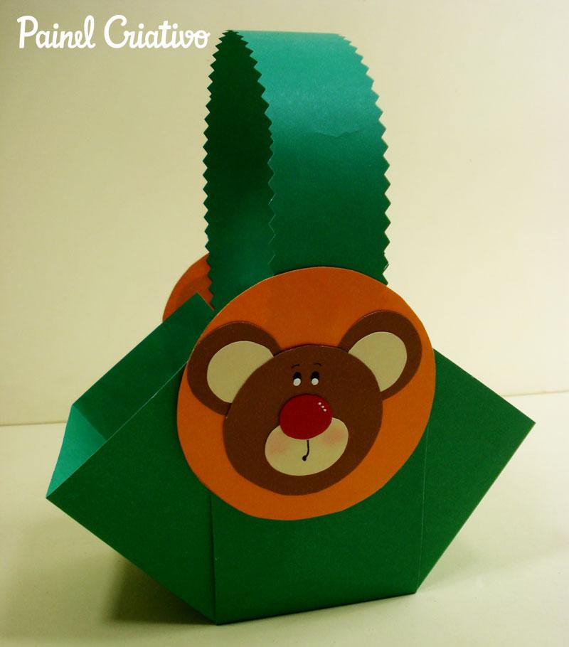 modelo de cestinha ursinho lembrancinha porta guloseima dia das criancas volta as aulas aniversario feita cartolina papel scrapbook celofane (2)