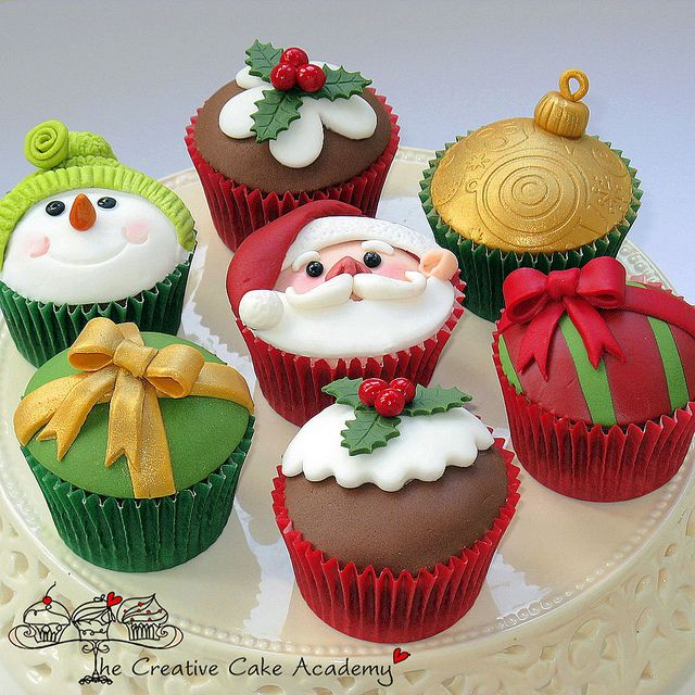 modelos enfeites decoaracao casa ceia natal cupcake papai noel (9)