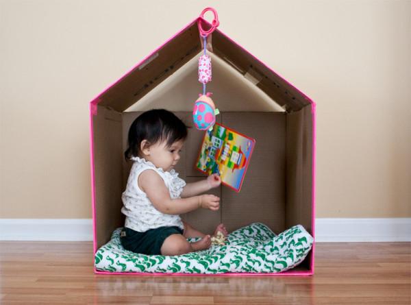 12 ideias brinquedos feitos caixa papelao reciclagem atividade criancas brincar em casa (8)