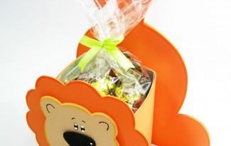 como fazer lembracinha EVA caixinha de leite dia das criancas aniversario infantil porta guloseima leaozinho safari  (1)