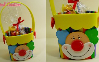 modelo lembrancinha palhaco EVA caixinha de leite Dia das criancas aniversario volta as aulas alunos escola reciclagem (1)