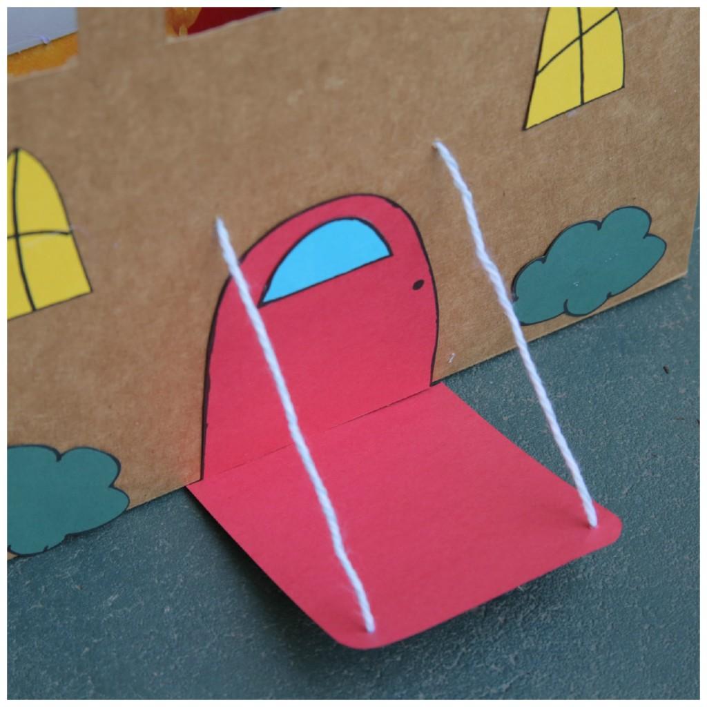 brinquedo reciclado castleo com caixa cereal rolinho papel criancas ferias 3