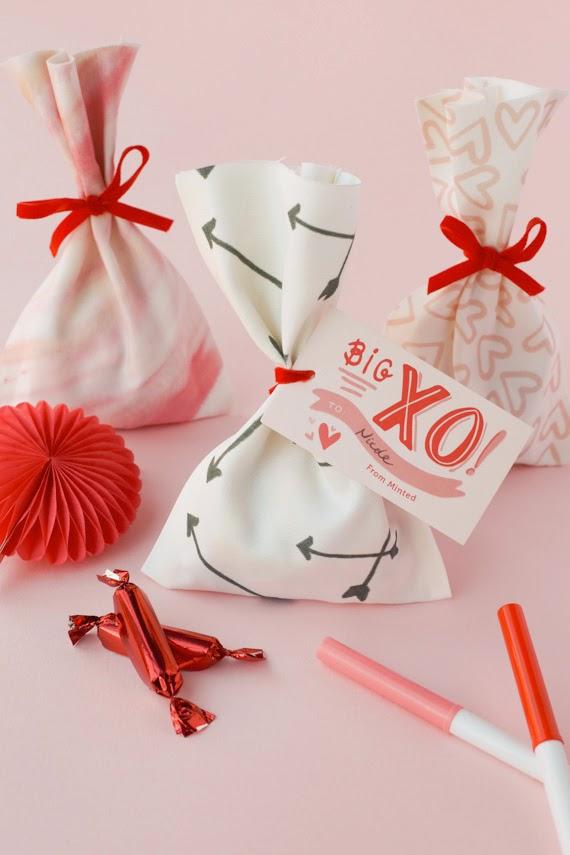 como fazer sacolina tecido em costura lembrancinha aniversario
