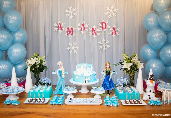 10 ideias criativas festa aniversario frozen princesa elsa olaf meninas deocracao mesa doces bolos (3)
