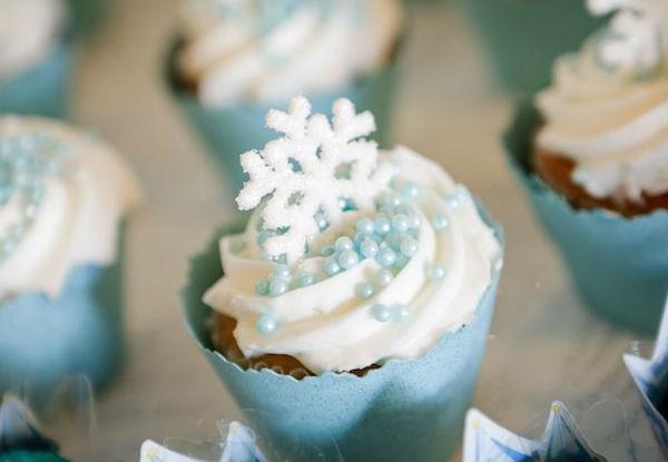 10 ideias criativas festa aniversario frozen princesa elsa olaf meninas deocracao mesa doces bolos (7)