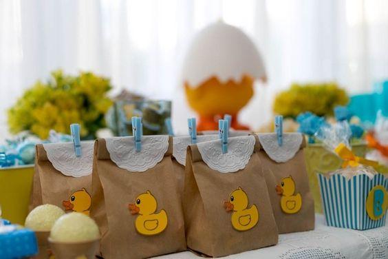 15 ideias criativas lembrancinha papel aniversario infantil batizado cha bebe artesanato painel criativo 5
