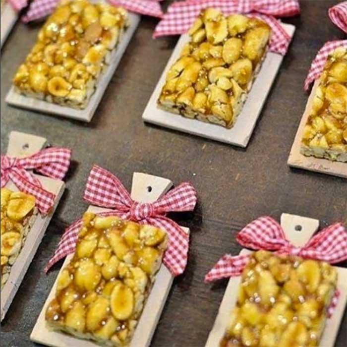 ideias criativas docinhos decoracao mesa doces festa junina (3)