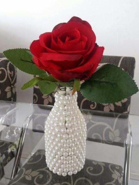 passo a passo reciclagem garrafinha vidro decorada meia perola decoracao casa artesanato pratico (1)