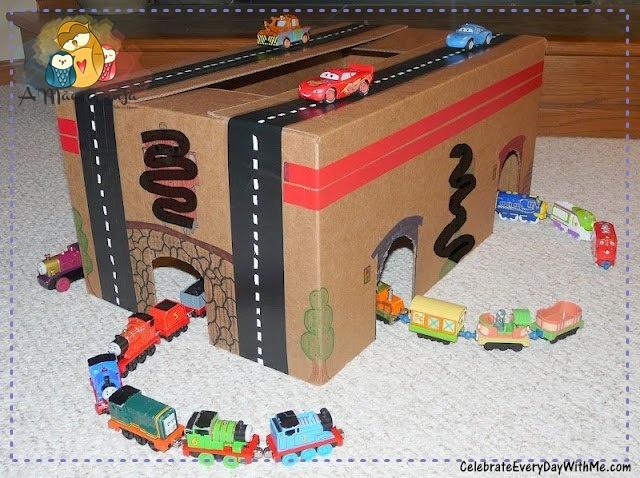 ideias criativas brinquedo reciclado caixa papelao atividadade criancas ferias reciclagem (1)