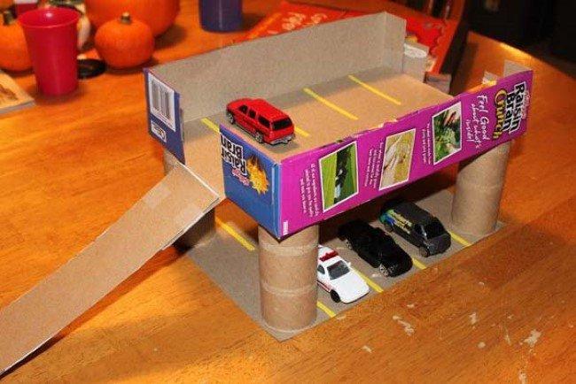 ideias criativas brinquedo reciclado caixa papelao atividadade criancas ferias reciclagem (3)