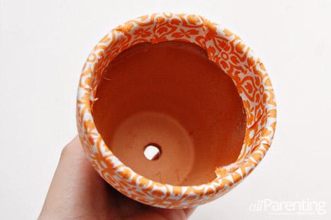 passo a passo vaso de flores decorado forrado com tecido 7
