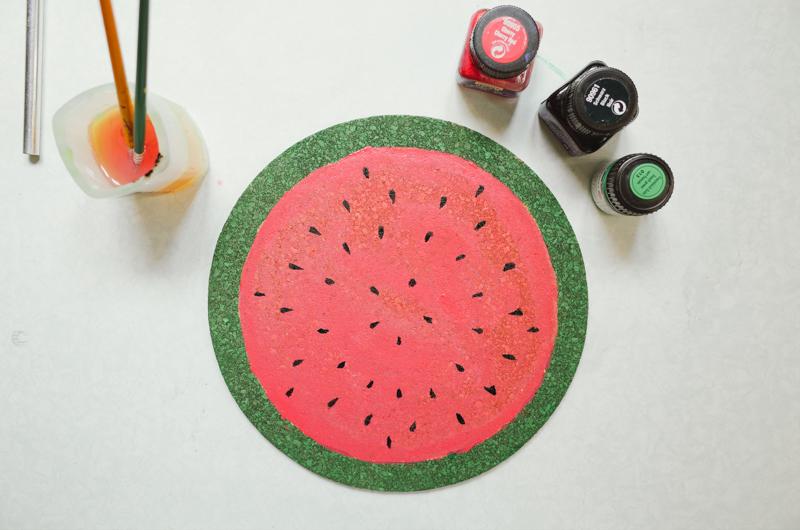 como fazer porta copos formato melancia decoracao casa caozinha cortica 6