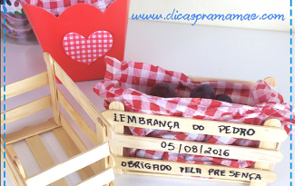 artesanato palito picole mini caixote feira porta guloseima lembrancinha aniversario fazendinha festa junina decoracao casa