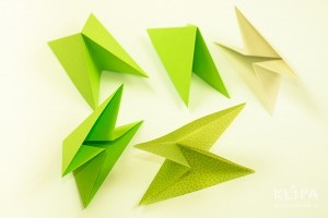 como fazer mini arvore natal papel origami 7
