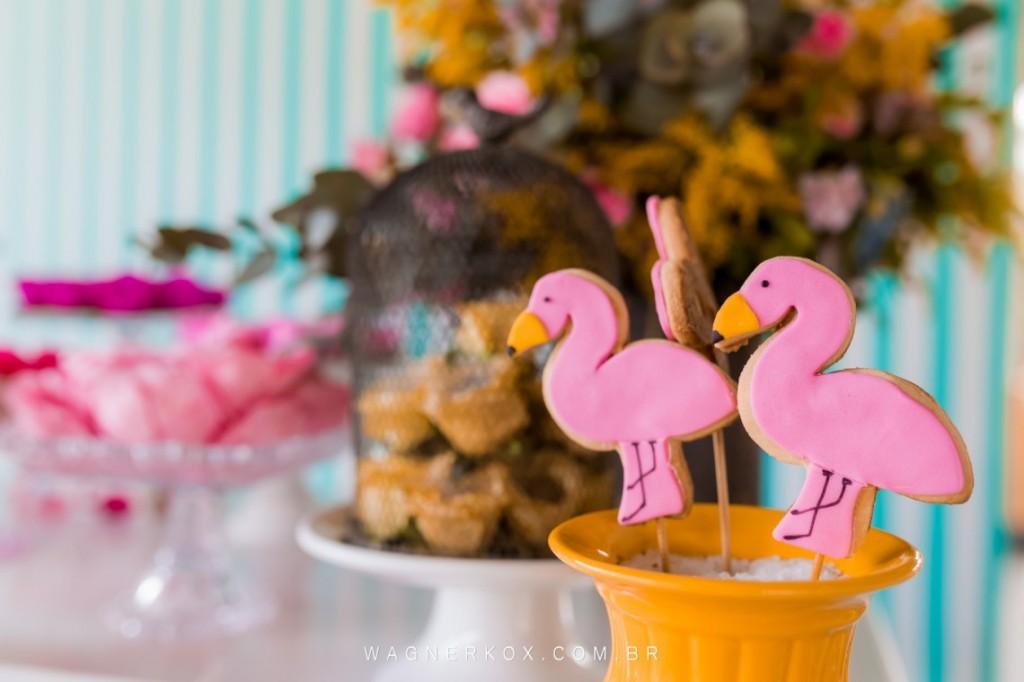 ideias decoracao festa tema flamingos aniversario cha cozinha cha bar
