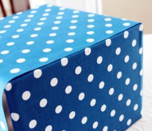 passo a passo organizador caixa papelão forrado tecido casa guardar roupas brinquedos 8