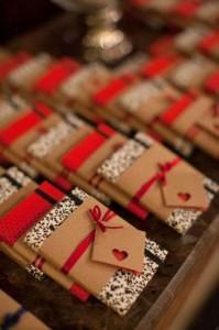 7 ideias lembracinhas casamento criativas bloquinho de anotacoes personalizado