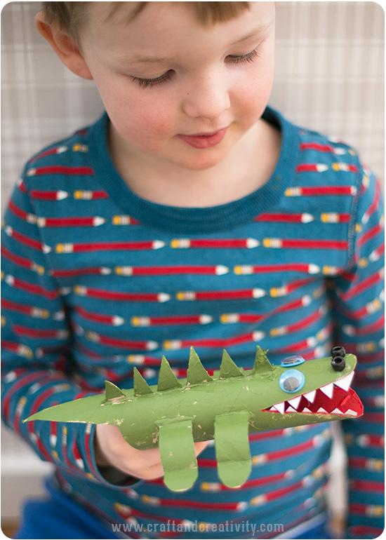 como fazer brinquedo reciclado jacare criancas atividade ferias escola reciclagem