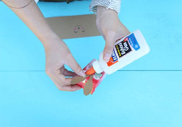 modelo lembrancinha coelhinho pascoa ovinho pascoa bombom feita papel criancas escola 5